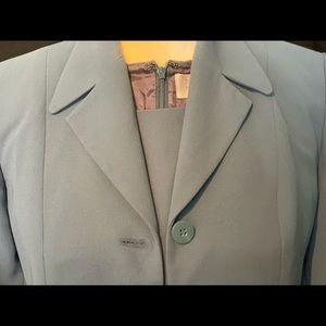 Petite Sophisticate (2) piece suit.